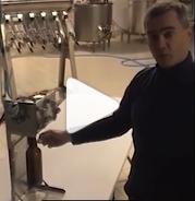 Démonstration en vidéo de la station à Growlers Jean Bouteille
