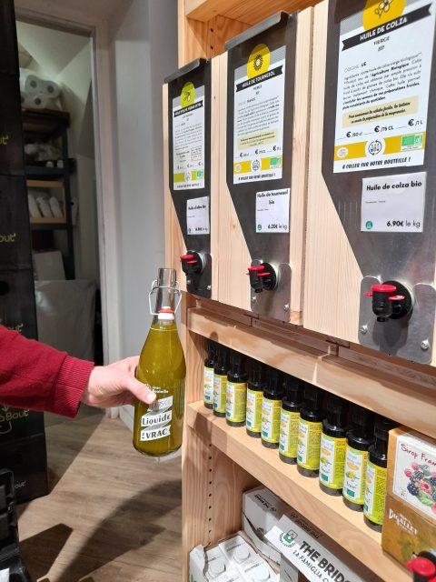 Notre solution de distribution vrac liquide Jean Bouteille chez la Voisine à Nantes
